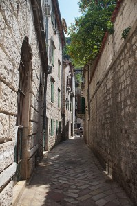 Gasse in der Altstadt von Kotor