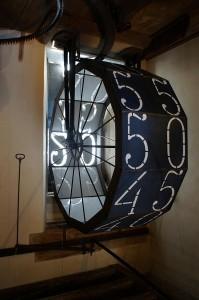 """Astronomische Uhr im Uhrenturm - die """"Digitalanzeige"""" für die Minuten"""