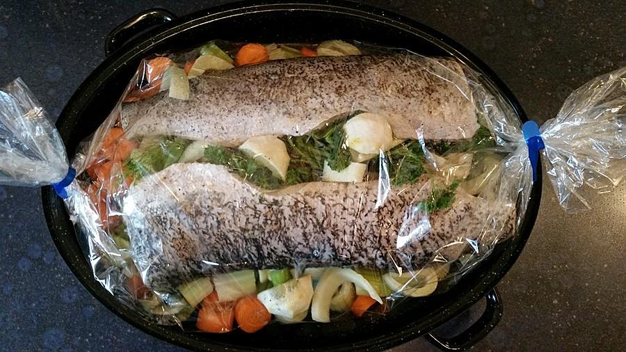 Fisch ganz einfach zubereiten: gedünsteter Hecht im Bratschlauch