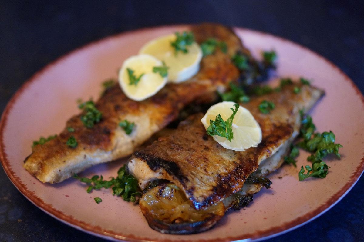 Fisch einfach zubereiten: Forelle Müllerin Art