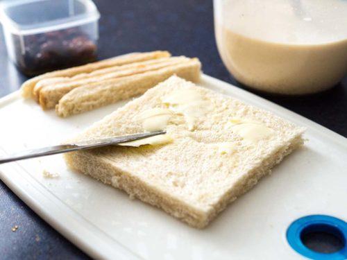 Brotpudding Brot vorbereiten